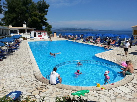 Sunshine Corfu Hotel & Spa : Activity pool