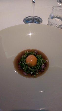 Geranium : eeg yolk in smoked fat with essence of potato peel