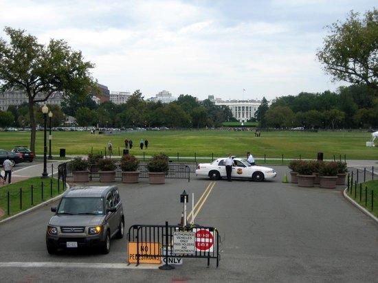 Big Bus Washington DC : Big Bus View: White House