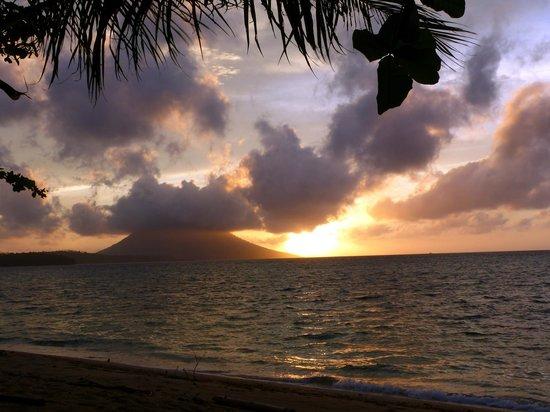 Siladen Resort & Spa: Abendstimmung Blick von der Beachvilla