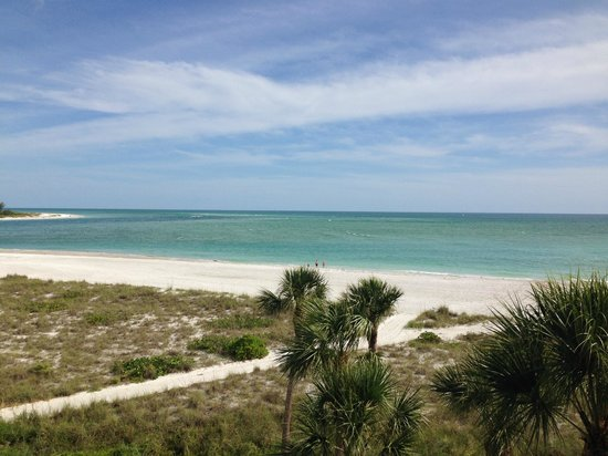 Resort at Longboat Key Club : View of Gulf from Balcony Block 1
