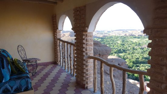 Dar Timitar: お部屋のベランダとそこからの景色