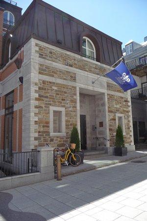 Auberge Saint-Antoine: Entrance