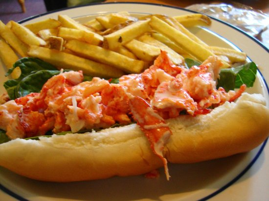 Rumford Center, ME: Lobster Roll