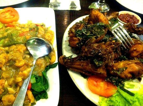 Rempah-Rempah Restaurant: Ayam Goreng Rempah