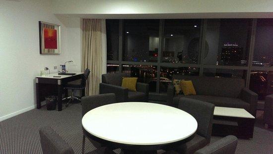 Meriton Suites Herschel Street, Brisbane: Living area of room 1501