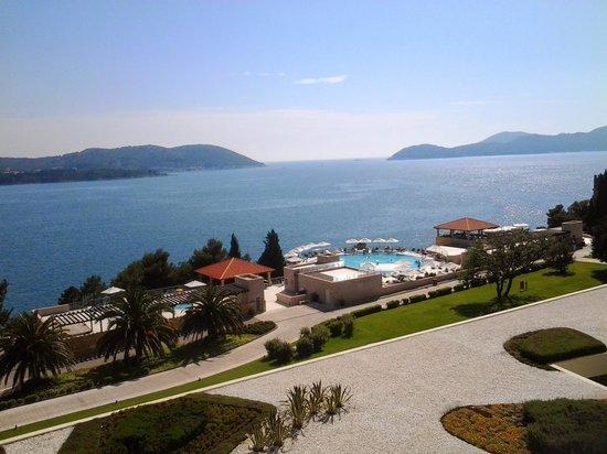 Radisson Blu Resort & Spa at Dubrovnik Sun Gardens : Uma das piscinas exteriores
