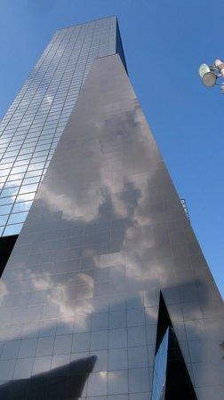 Rotterdam Centraal Station: Lorsque les nuages s'en mêlent