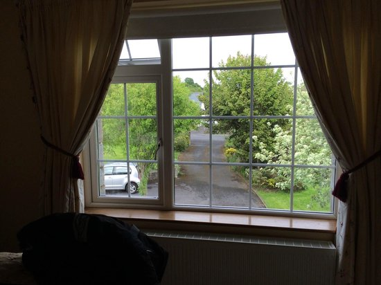 Glenderan Bed and Breakfast: View from the room