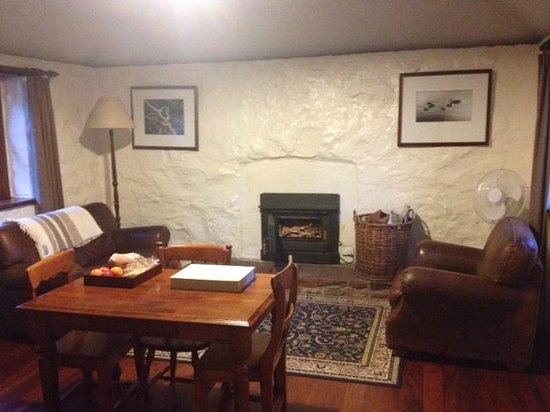 Royal Mail Hotel: Living room in cottage 3