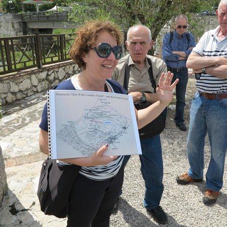 Monte Cassino Battlefield Tours: Danila with her map of Monte Cassino