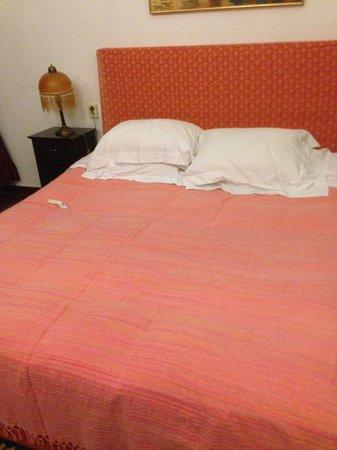 Magna Grecia Boutique Hotel: Bed