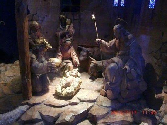 Grace Cathedral: 大聖堂内の礼拝堂にあった彫刻