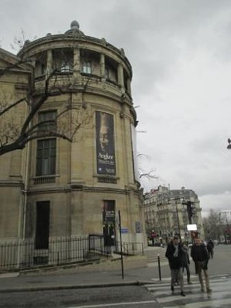 Musee National des Arts Asiatiques - Guimet: ギメ美術館 イエナ広場にあります