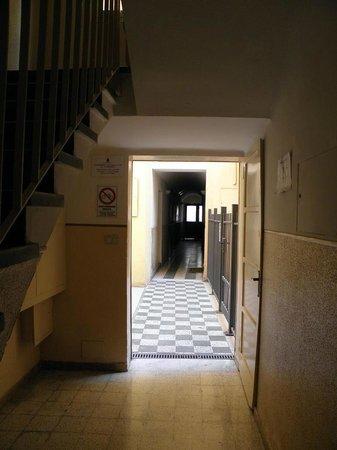 Guest House Bologna: Atrio scala