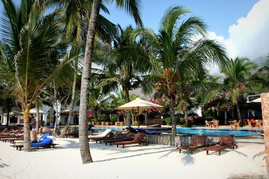 Sultan Sands Island Resort: Poolarea