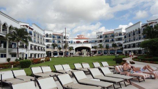 The Royal Playa del Carmen: View of the main courtyard