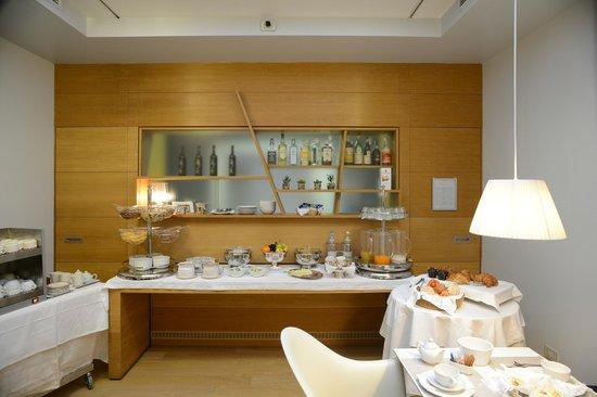 Colombia Hotel: breakfast room