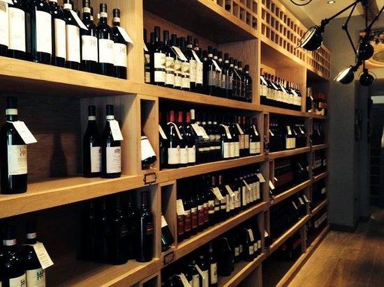 Negozio Classica Primrose Hill: spoiled for choice..............