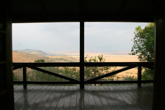 Mara West Camp: View from the bed out over Masai Mara