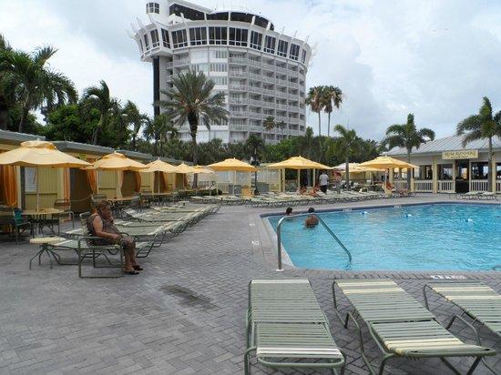 Sirata Beach Resort: Panoramic view of pool area