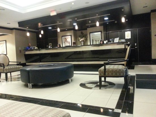 Hilton Garden Inn Toronto Downtown : Lobby