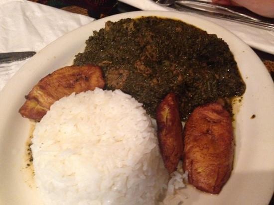 Bukom Cafe: cassava leaves