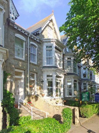 The Dunedin Guest House: Stately Victorian homes