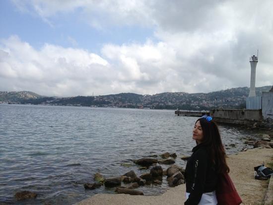 Bosphorus Strait: Beykoz light house