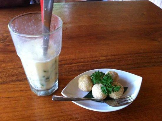 Warung Pulau Kelapa : Dessert