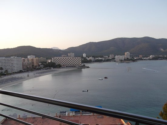 FERGUS Tobago: amazing views from balcony