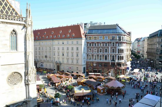 Hotel Am Stephansplatz: View from our room