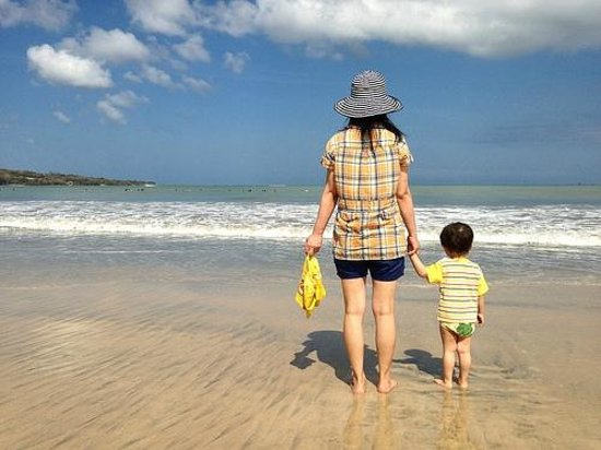 Kayumanis Jimbaran Private Estate & Spa: My wife and my kid really enjoyed the beautiful ocean