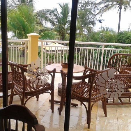 AfroChic Diani: Balcony