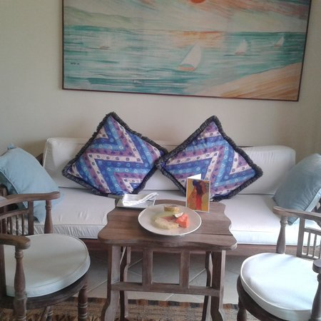 AfroChic Diani: the sitting area in my room