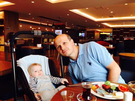 Hampton by Hilton Samsun: Oğlum ve ben..