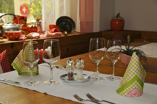 Schontal, Hotel : Table setting