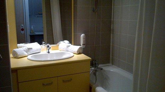 Appart'hotel Odalys Archipel : Sdb