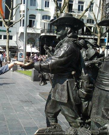 SANDEMANs NEW Europe - Amsterdam: Amsterdam  Piazza Rembrandt