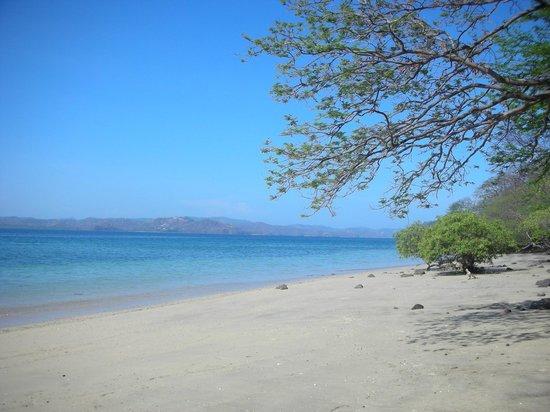 Andaz Costa Rica Resort At Peninsula Papagayo: The tranquil beach
