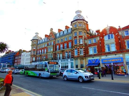 Bay Royal Weymouth Hotel : the Royal