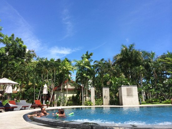 Deevana Patong Resort & Spa : pool at the garden wing