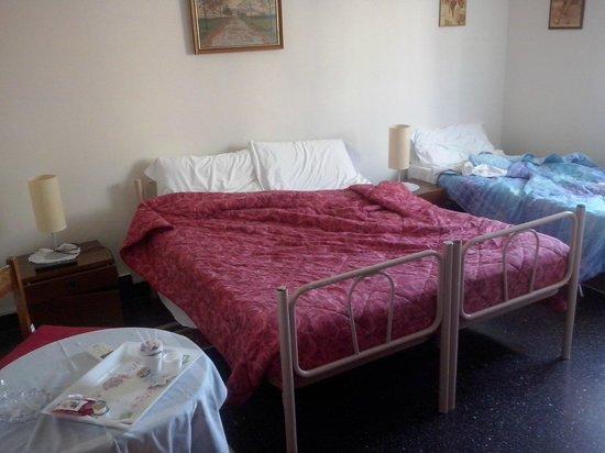 Albergo Caffaro: Camera da letto