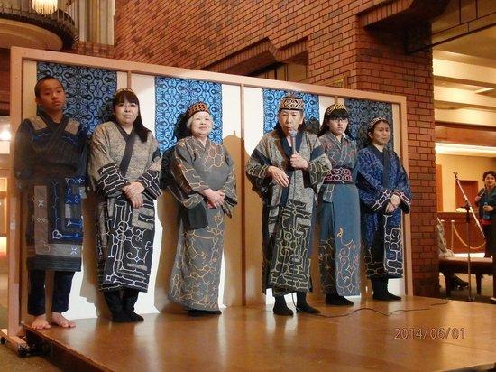 Hotel Taisetsu : アイヌ民族舞踊ショー
