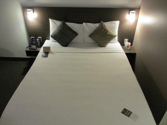 Hotel Ibis Melbourne Glen Waverley: Bett