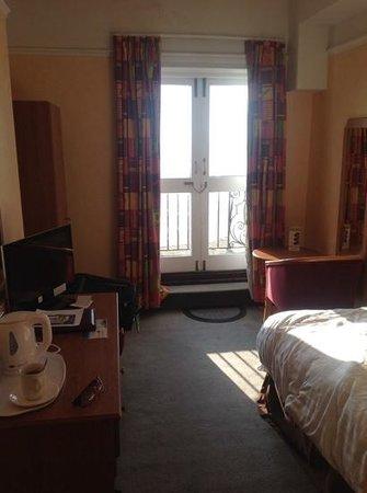 Bay Royal Weymouth Hotel: single room