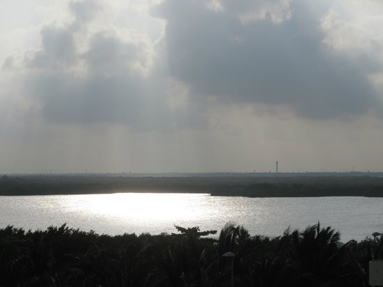 Club Regina Cancun : Vista a la laguna desde la habitacion