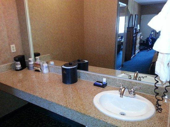 Best Western Plus Park Place Inn - Mini Suites: 2 Queen Mini Suite.