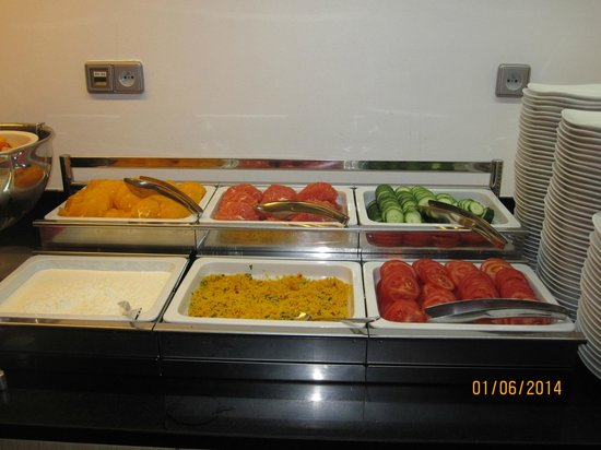 Park Inn Hotel Prague: Breakfast Buffet Included