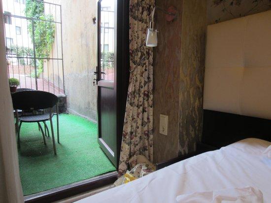 Angel's Home Hotel : room